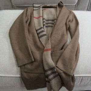 Open long cardigan with pockets and hood